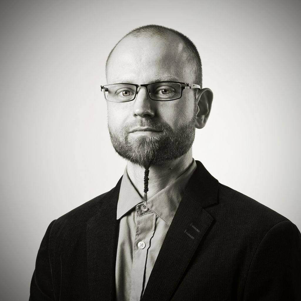Dr. Christian Gebhard